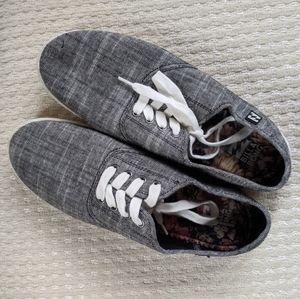 Billabong lace up sneakers